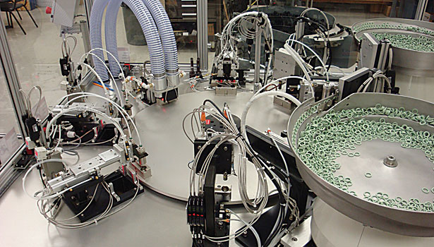 Automated Assembly System Installs Quad Rings 2014 03 01