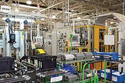 Decentralized Control Lends Flexibilityto GM Plant