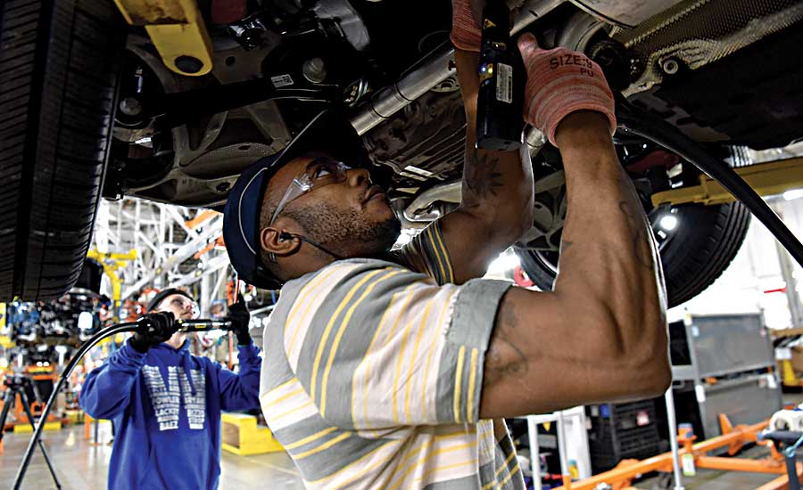 Ford to Invest $1 Billion in Chicago Plants