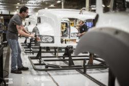 mack truck manufacturing