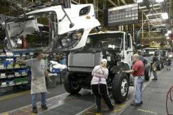 navistar manufacturing