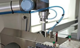 Cobots Increase Productivity in Medical & Cosmetics Industries