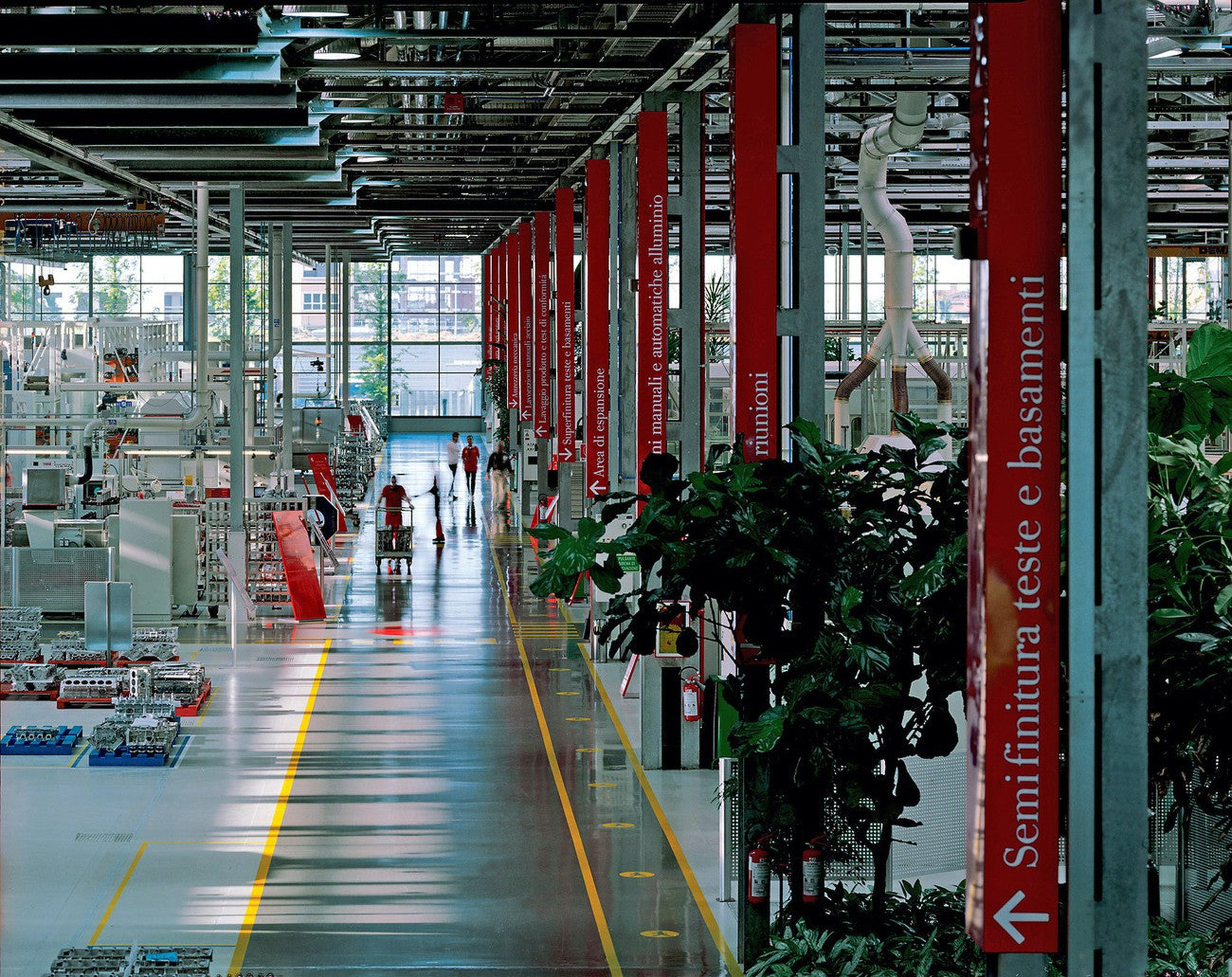 Ferrari Shuts Down Production In Italy 2020 03 18 Assembly