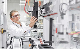 Connecting the potential of Industry 4.0 with real manufacturing