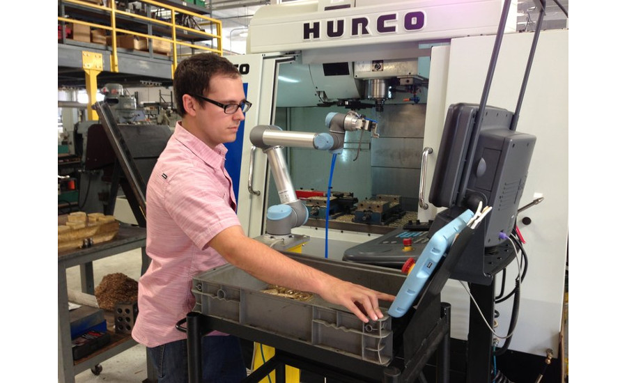 RSS Manufacturing and Phylrich in Southern California uses a UR5 cobot to load and unload parts in a CNC machine.